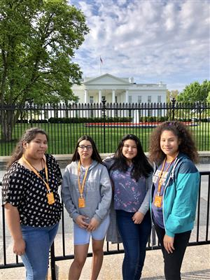 girls at white house