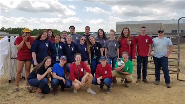 FFA Members on Wake Up To Ag Day 2018
