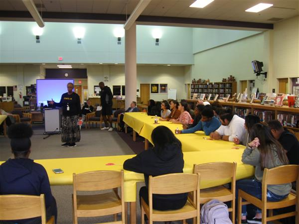 Umoja Round Table event held in the Media Center