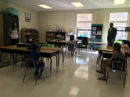 Dr. Houlihan visiting classroom