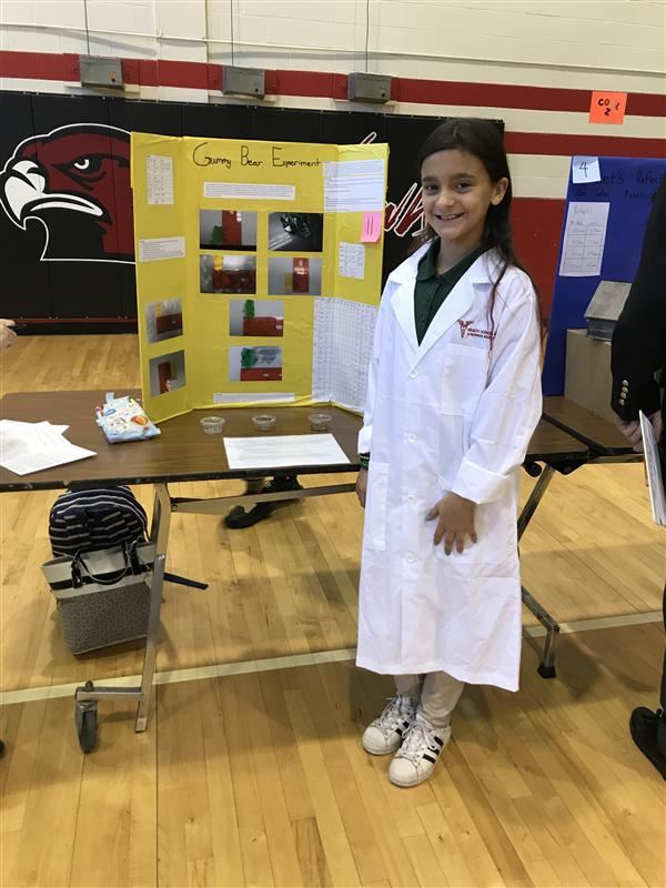Monroe Middle sixth graders share their love of science at inaugural HSA science fair