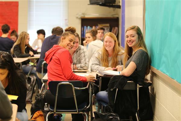 UCPS Advanced Placement participation, Scholars with Distinction increase in 2016-17 school year