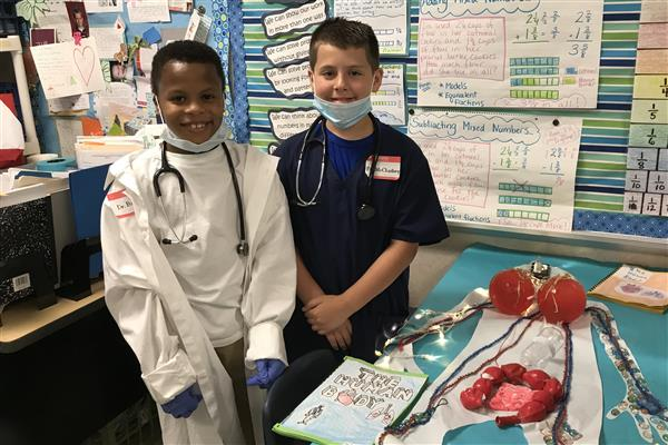 Rea View Elementary students think critically and creatively in mock medical school