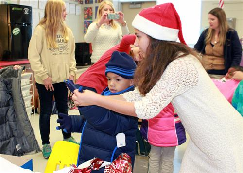 Cuthbertson Middle students make season brighter for two sister schools