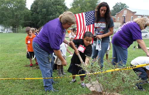 Benton Heights kindergarten students honor 9-11 victims