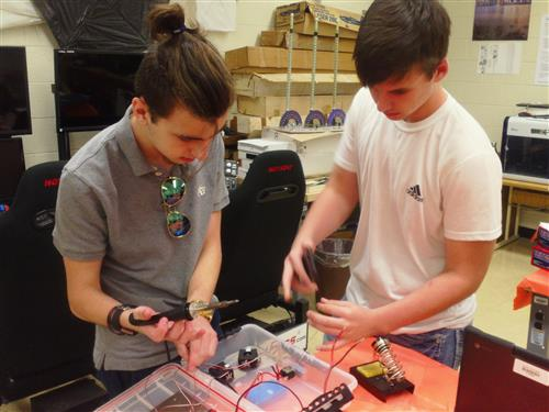 Honors Aerospace 4 Students Complete Final Project