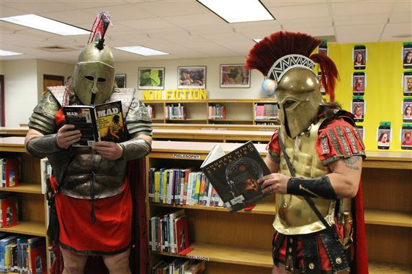 Spartans reading books
