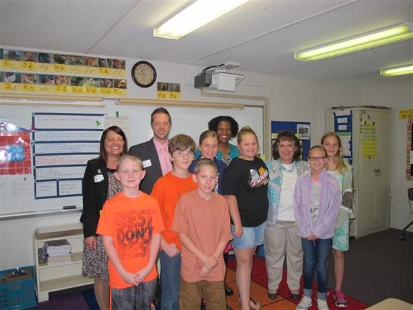 Union Elementary AIG Students Learn About Banking